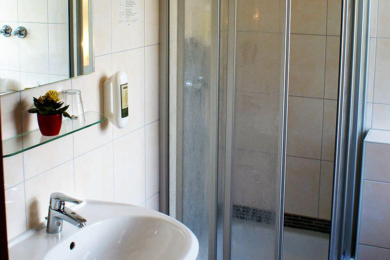 Einzel-zimmer buchen Hotel Petersburg Düsseldorf